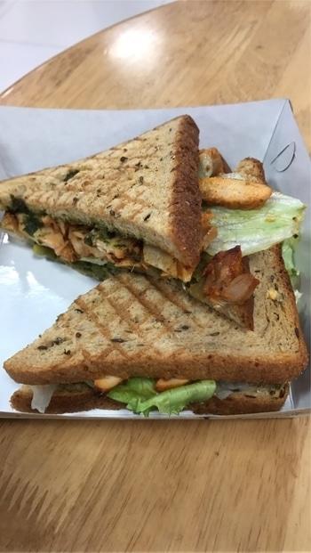 Healthy meal chicken sandwich in multigrain bread at Foodhall @palledium #healthyfood #chickensandwich