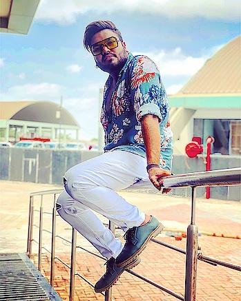 #roposo #roposomodel #blogger #fashionblogger #model #roposoblogger #roposo-style #styles #shoutout @roposotalks @ropossoo