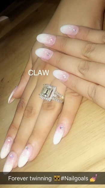 French manicure week @claw. Presenting French ombré with a twist~ #claw #nails #nailart #nailspa #frenchnails #frenchmanicure #frenchombre #beauty #opi #opinails #getclawed💅🏻💅🏻 For appointments in MUMBAI call on , 9967401031 , 7045204981 For appointments DELHI call on 9811197099 , 9278375598 , 9871798965  WEBSITE : www.claw-nails.com