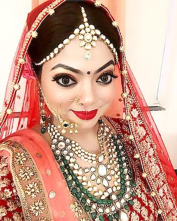 #dulhan  #bride #red #wedding #makeup #shaadi #shadi #wedding-bride #lehenga #redlehenga #red #redlips #redlipstick #weddingmakeup #roposoweddings