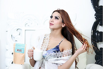 "Healthy hair !!  . . Holla girlfriends ! Smile Because chocolate can make ur hair beautiful !! So in love with this chocolate milkshake @cocoalocksofficial  These r my first hair vitamins n I really strongly recommend u guys to try it out . U will thank me later !! Use my discount code ""ANKITARAI"" to get 20 % discount on ur order. . . PS - Now the most gorg part - Yass! They r absolutely safe during pregnancy I got the detailed ingredient list n checked with doc. . .  #cocoalocks #cocoalocksofficial #cocoashake #healthyhair #hairvitamins #discount #chocolate #haircare #indianblogger #ipromotewhatiuse #beauty #socialmediablogger #roposogirl #roposoblogger #roposolove #healthyhair #hairvitamins #roposobeauty #roposobeautyinfluencer #haircare #haircaretips #roposoinfluencer #roposoindia #roposoindianblogger #indianbloggersroposo #indianbloggercommunity #beautytips #ropo-girl #indianblogger #theankitarai"