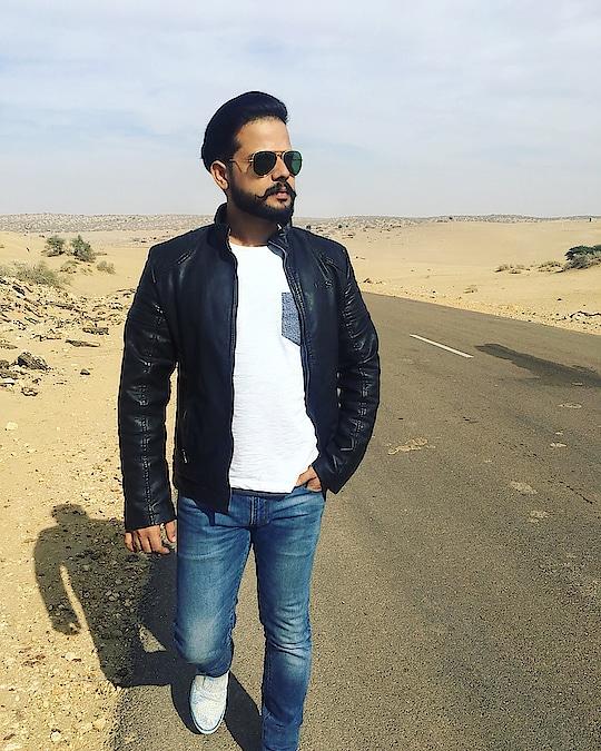 #roadtrip #rajasthan #jodhpur #jaisalmer #denim #jacket #shades #casual-clothing #beardedmen #moustache #travel