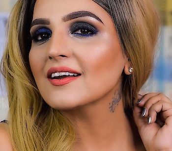 I am in LOVE with these newly launched Born To Win Gel Eyeliners by @trysugar  ▪️supermatte ▪️longstay ▪️smudgeproof ▪️water-resistant  AVAILABLE IN 2 shades: 01 Blackmagic Woman 02 Roadhouse Blues . Rs. 599/- for 2.3 gm . I got super excited that used both the shades in each eye!!!  . How do you like this crazy look of mine? . On lips: @trysugar Suede Secret lipcolor in shade 04 Crepe Coral Cheeks: @trysugar Contour de Force Face palette in shade VIVID VICTORY  Under eyes: @trysugar All Set To Go Translucent Powder . #newlylaunched #trysugar #sugarcosmetics #borntowingeleyeliner #justlaunched #smokeyeye
