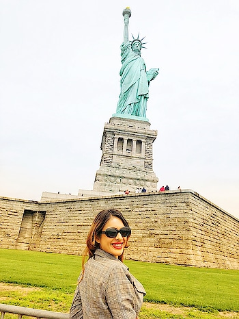 Finally we are here at STATUE OF LIBERTY 🗽  Most awaited place to visit from our USA TRIP 🇺🇸 : #newyorkwithnehamalik  #usatripwithnehamalik 🇺🇸🇺🇸 : #newyork #statueofliberty #nyc #newyorklife #libertyisland #newyorkgram #unitedstates #mostawaited #placestovisit #simplyamazing #superhappy #travelgirl #travelphotography #beautifuldestinations #traveller #nehamalik #model #actor #diva #blogger