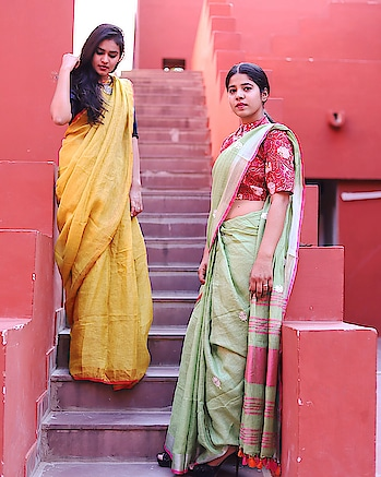 This Festive Season, Fill Your wardrobe with 100% Pure Linen Sarees ❤️ . . . Shop our collection on Facebook Shop: Link in bio! 😊 . . Avail 10% Discount on all the orders as an introductory Offer 👌 Contact us: Dm/ Officialnidhi26@gmail.com / 8740938959 . . Photography : @shubham.rangjika ☺️ . .  #photography #label #designer #jaipur #saree #yellow #export #ny #newyork #india #usa #uk #photoshoot #sari #design #blouse #designerblouse #jaipur #jaiourdesigner #artisan #import #vadhinibynidhi 🤗 #roposo #roposolove #roposodesigner