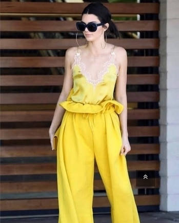 #kendalljenner  approves this seasons hottest 🔥 trend! Get all the scoop and styling details in the #GlamBox segment of the page. 👆🏼🔗on 🔝#paperbagwaist #OOTD #ootdstyle #ootdfashion #glam #fashionmakeup #stylisit #style #celebritystyle #celebritylook #celebrityfashion #swag #luxurylife #fashion #fashiongram #fashionicon #bestdressed #fashionaddict #fashionstyle #fashiondiaries #fashiongram #fashionforward #womensweardaily #classyandfashionable #fashionstatment #stylewatch #dressforsuccess #fashionadvice #fashionforward #beclassy #fashionpost #partywear #occasionwear #bridalwear #indianfashion #voguemagazine #vogue #glamour #celebrityfashion #celebritystyle