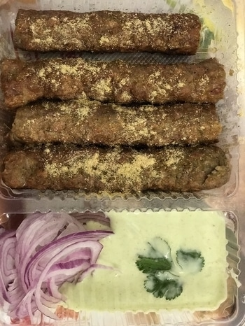 Chicken seekh kebabs  #hoppingheels #niskani #chicken #chickenseekhkebab #iphone7plus #iphone #aerocity #delhifoodblogger #indianfood #starter #food #foodporn #foodblogger #indianfoodblogger #delhifoodblogger #bloggerindia ##blogger #bloggerlife #bloggerdiaries #bloggerstyle #bloggergirl #bloggerindia #bloggerfood #food #foodie #foodblogger #foodporn  #indianfood  #foodstagram #foodlover #foodpics #foodgasm #foodphotography #foodforfoodies #kebab #seekhkebab