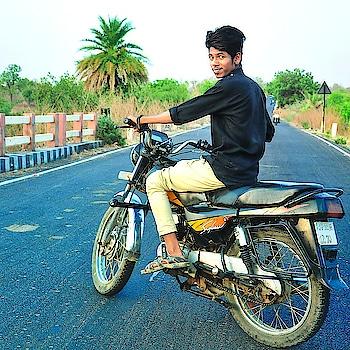 Updated their profile picture #newdp #bike #bikes #biker #bikinibody #bikergang #suzi #loveing #love-life