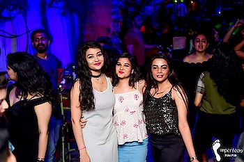 #party-edit #clubbing #saturdaynight #my style# my attitude #..  #peopleinframe #bfflove #mykindofpeople #mykindanight