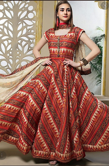 Samyakk @ Designer Salwar...!!  #samyakk #samyakkdesign #gowns #salwarkameez #salwar #gowndress #eveningdress #partywear #reception #receptionwear #celebritystylist #celebrity #celebrityfashion #ethnic #ethnicwear #fashion #fashionblogger #fashionshow #fashiondesigner #pinkvilla #indiacouture #model #modeling #couture #samyakkclothing #anarkali #anarkalichuridar #bespoke #worldwide #ootd