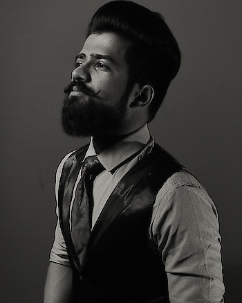 Does that look like self grooming     #like4follow #fashionlover #instagood #stylish #fashionpost #followforfollow #instadaily #moustache #indianbloggers #igers #outfit #beardedmen #fashionweek #fashionphotography #fashionshow #fashionblogger #blacklover #prilaga #like4tags #styleblog #followback