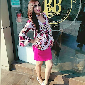 """Pink isn't just a color it's an attitude too!"""" and it makes everything looks pretty💟💟 Disclaimer:- Wear a Plain Pink Skirt team it up with nice floral top, Your high heels or Peeptoes and Show the world the Inner Girl power of yours✌  #pinkpower #pinkcolor #girlpower #prettygirls #pinkypink #pinkskirt #prettypink #floraltops #peeptoeshoes #highheels #pinkattitude #pinklips💋💄"""