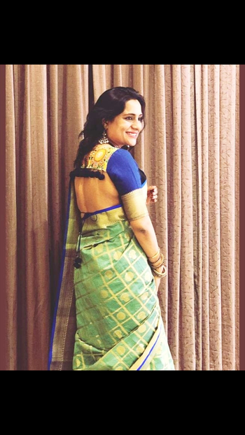 Clients like these make me #love my work even more💕 Isn't she looking stunning in a #backless #blouse   Pair ur #traditional #silks with #custommade #contemporary #blouses at #label #bhavnachhabria   #roposolove #roposofashion #roposo #lovewhatido #creativepreneur #creativebiz #madewithlove #instafashion #instarunway #instagood #wedding #summerlove #trousseau #bestoftheday #ootd #fashiondesigner #bengalurudiaries #mymagicpinbangalore #designerdiaries #designstudio #fashionblogger #indian