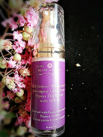 """Hello my lovely readers😘💞 Welcome back to my blog!How is your day going? hope you guys are doing well! So, I am here with another blog & today I am gonna Review""""BLARE & BLUSH Intense Whitening and Anti-Aging Glutathione and Papaya day cream"""" I personally believe that if we care our skin like take proper diet, eat healthy food, drink water and invest in some good chemical free skin care products then we don't need any makeup, right? Trust me I don't use any makeup products.  ABOUT BRAND 👇 All B&B Products are Free from Parabens, SLS. Synthetic Colors/Fragrances, Foaming agents or Chemicals, Thickeners, Not tested on Animals 100% Organic ,100% Natural,Enriched with Vitamins. Tested according to BIS Norms.Certified Ingredients. B&B products are Contain Gluthatione, Kojic, Papaya, Carrot, Collagen Which carry Natural Skin Lightning and Anti-wrinkle properties.  PRODUCT DESCRIPTION 👇 Blare and blush Intense Whitening Facial Day Cream With SPF 25 is a complex whitening agent with Glutathione, Kojic and Plant Extracts that work together to, Intensely whiten your skin by inhibiting melanin production, it minimizes minor blemishes ,diminishes dark spots and acts as a Anti-Aging Treatment .Super anti-oxidants, Glutathione and Vitamins like Vitamin A,B3, B5, E and Tea tree oil help to prevent skin damage caused due to environmental stress it also reduces fine lines and wrinkles and optimizes the skin tone .It gives your skin a advanced nourishment and hydrates the skin with the help of rosehip oil , Vitamin B3, Vitamin B5,Vitamin E and Shea Butter. Reduces skin dullness and dryness, Softens and Smoothens skin, Moisturizes it while providing Oil Control Sun Protection. It protects the skin 25x longer from harmful UVA/UVB rays that cause premature skin aging and sunburn. This product also helps to cut off pimples freckles and blackness of the perspective. It will give you a spotless, beautiful, younger looking face Within few days of usage. Diminishes dark spots from the skin. D"""
