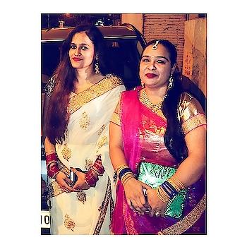 Weeding Scene ❤  #indianfashionblogger #indianstyleblogger #styleadvisor #fashionblog #mumbaiblogger #mumbaifashionblogger #indianwear #traditionalwear #sari #saree  #indianjewellery #jhumkas #bangles #bindi #roposoblogger #roposogal #acquiringanaqua #❤