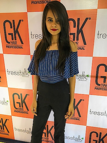 Today got keratin treatment at @tresstalk by @gkhairindia .Right now totally loving my soft and healthy hair and also I'll be uploading before and after picture soon ❤️🤫 #_thewellworn #_thewellwornXGk  #GKhairIndia #GKhairAndMe #TamedByGKhair #juvexinornothing #bloggerschoice #instagram #plixxo #popxo #blogger #mumbaiblogger #pictureoftheday #jj_emotional #jj_humanedge #jj_portrait #jj_sombre #plixxoblogger #roposoblogger #mumbaiblogger #newyear #2018 #OOTDWITHNKHL #streetchic #instastyle #inspirationoftheday