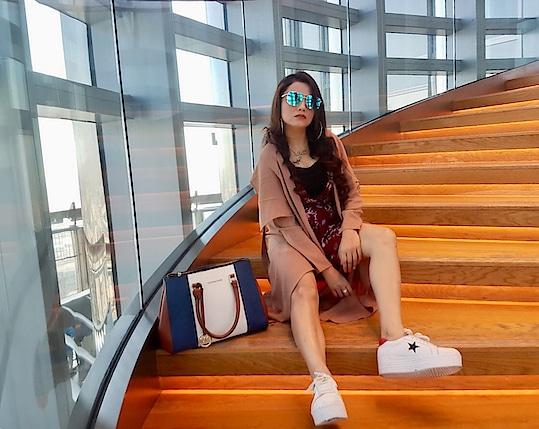 Intelligence is the ability to adapt to change . . . . . Dress - @sheinofficial @shein_in  Shrug - @sheinofficial @shein_in  Shoes - @streetstylestoreofficial . . . . .  #blogger #bloggergirl #bloggerlife #blogginglife #bloggerstyle #beautyblogger #blog #blogfashion #blogpost #bloggervibes #styledotme #styleblogger #beautyblogger #beautyhair  #delhi #dubai  #dubaidays #roposo #shein #styleetvogue