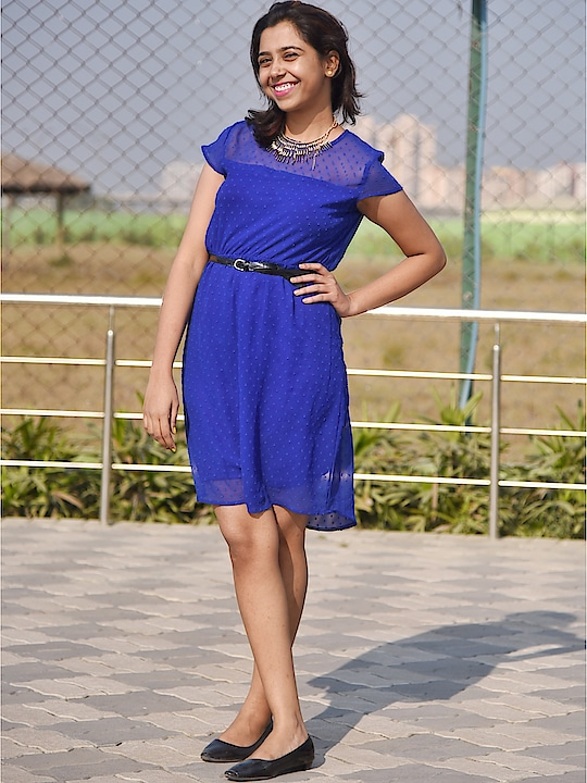 Found this Old Pic #archieve #oldpic #loveforblue #dress #jewelry #minimalism #weekend #sunday #kolkatablogger #instablogger #youtube #instagood #instagram #picoftheday #fashionblogger #soroposo #sayantiguha