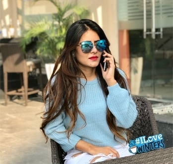 Aaj blue hai pani pani...Dil hai sani sani... Aajo meray naal.... Keep smiling .... Keep cheering..... Life is too short for worries..... Happy n sweet morning to all..... 💐💐💐💐 #Rehaa #Khann #DohaQatar #MyDubai #Mumbai #Bollywood #Tollywood #Model #Actress #Rehaablogger #Rehaaqueenlife #Rehaapublicfigure #Rehaastylefile #Rehaafashion #Rehaawithclass #Rehaafans #Business #Person #Media #Production #House🏡 #ilovewinters
