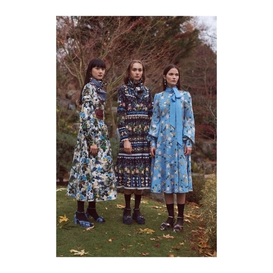 Crushing on Erdems pre fall collection on the blog. New post up, link in bio! Catch the concept and the look book on the new  blog post. ♥️ @erdem  #prefall2018 #erdem #wildberrychild #luxury #luxurydesign #luxurylifestyle #fashionblogger #fashiongram #lifestyle #blogger #luxurystyle #turkishdesigners #newpost #effyourbeautystandards #styleblogger #ootd #potd #lotd #stylebook #lookbook #stylist #inspiration #fashionista #blogpost #fashionpost #rtw #instaluxury