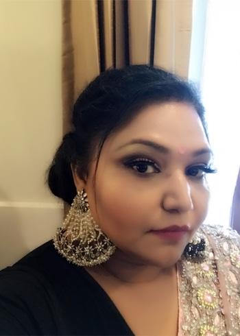 Baar baar dekho !!! #ropo-love #ropobeauty #ropobeautiful #fashionista #muadelhi #sexyeyes #different-is-beautiful #curvywomen #curvyblogger #indianfashionblogger #delhifashion #indian #khoobsooratblog #happysoul #happylife