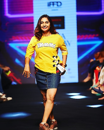 #throwback to time yours truly walked the ramp for Casio Watches - Baby-G & G-Shock💃🏻  Memories still afresh and can never forget the wonderful experience!! 😇 #rampwalk #casiowatches #fashionblogger #throwbackthursday #gurgaonblogger