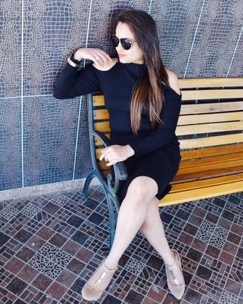 #fashionfables #fashionblogger #styleblogger #roposofashionblogger #soroposoblogger #fashionbloggermumbai #fashionbloggerpune #stylebloggerindia ##fashion #action #dashing #styleblogger #stylesh  #stylingtips