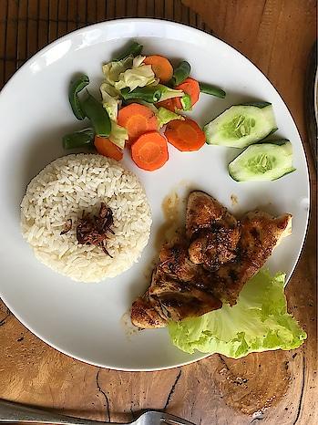 Grilled chiken#lettuce#vegetables