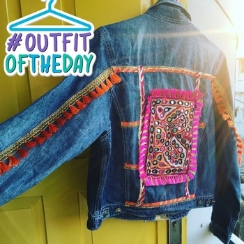 When art meets fashion and sparks fly ! #denimlove #denimlook #fashion #bloggersofindia #buynow #arttrippy #outfitoftheday