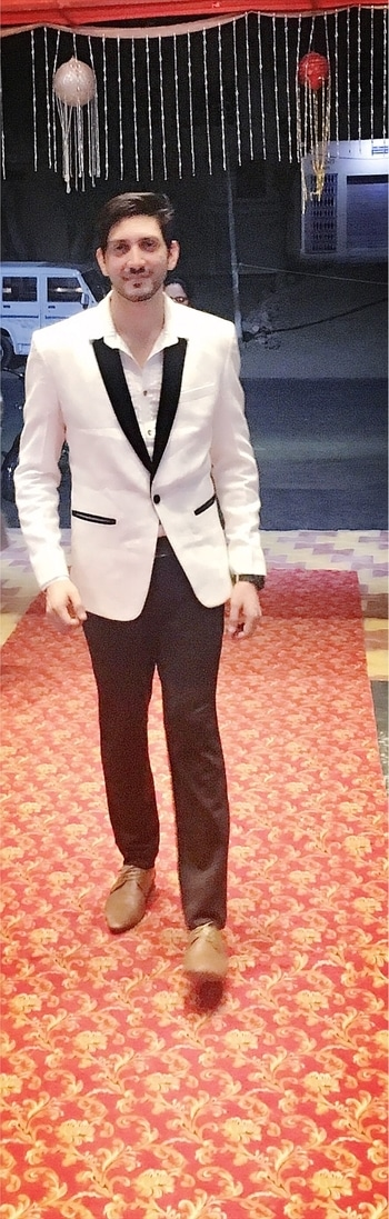 #showtime #suit #enjoyingeverymoment #shoot #masti #black-and-white #picoftheday