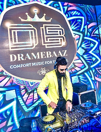 I became aware that all sounds can make meaningful language.  #dramebaaz #djbasedband  #entertainer #perfomer #roposostar #roposoindia #artist