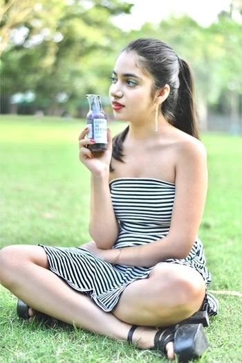 The col-pressed oils of Black current make it easy to counter the ruthless summer heat and rejuvenate the drying cells. Containing all natural ingredients for a healthy skin with no chemicals. Perfect product for this summer❤️ More products from @greenberryorganics you may also buy this from @amazon Wondering about the dress😍 @forever21 . Photography:- @keshu_97 . . . . . . . #fashion #beauty #fashionstyle  #outfit #lookbook #model  #love #shooting  #getvoguehere #makeup  #pictures #shoot #ootd  #style #delhibloggers2016 #2017 #summer  #saloni #ahuja #getvoguehere#  #blogger #newblogpost #bloggerslife #likeforlike  #follow #newtrends #pikreview #fashiondesigner #product #natural #herbal
