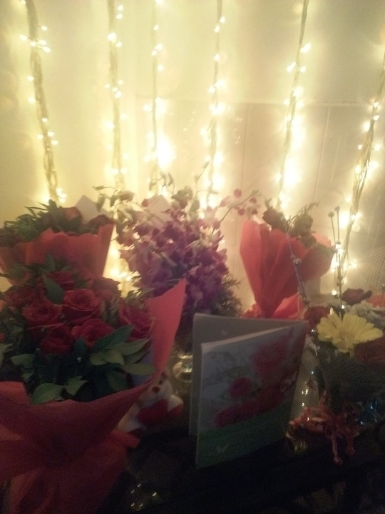 Waking up to bday wishes 2nd beautiful flowers 2nd gifts ,love nd blessing....thank u all for making my day