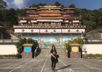 Beautiful Monestry in Sikkim.. Thanks To my babe @nisha.rasaily because of her I see all this today.. #love  #beautiful  #nature  #sikkim  #monestry #northeast #positive  #positivevibes  #traveldiaries  #ps  #pro #proneeta  #proneetaswargiary  #teamproneeta #good  #memories  #journey #2017
