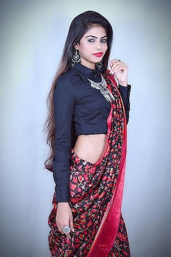 Ethnic diversity adds richness to a society. Thanks @craftsvilla_dotcom for sending this beautiful saree❣️ #WorldEthnicDay Saree @craftsvilla_dotcom @craftsvilla #thesnazzydiva #thesnazzydivasareelook #galleri5influenstar #plixxo #bnbmag #craftvillasaree #indianfashionblogger #mumbaifashionblogger #styleinspo #indianwear #ethinicwear #ethnicday2k18 #worldethnicday #ootdfashion #wiwt #accessories #shirtstyle #earings #neckpiece #sareelook #sareestyle #photoshoot #portrait_mood #indianfashion #ethenicfashion #thesnazzydiva #plixxo #galleri5influenstar #bnbmag #kundanjewellery #jewelry #jewellerydesign #bindiya #bridaljewelry #accessories #accessorieslovers #fashionjewellery #fashion #style #indianshoot #ethnicwear #ethenicjewellery #picoftheday #mumbaifashionblogger #fashionpost #jewelleryoftheday #photographers_of_india #portraitphotography #instafashion #happiness #positivevibes ##portrait_ig #wiwt #aboutthelook #lookbook #ootdfashion #thesnazzydiva  #style #fashion #stylediva #instalove #instacool #photography #portrait #portraitphotography #candid #picoftheday #rings #ringlover #plixxobypopxo #plixxo #plixxoinfluencer #plixxoblogger #ootdfashion #galleri5influenstar #jeanscollection #design #wiwt #outfitoftheday #plixxobypopxo #plixxo #galleri5influenstar #makeupartist #picoftheday #outfitoftheday #portraitphotography #portrait_ig #mumbai_ig #styledaily #florals #photographic #portrait_star #look #springsummer #ss18 #pink #simplook #style #fashion #mumbaifashionblogger #grattitude #instamood #instalike #instalove #postivevibes #happiness #smile #moments #mumbaifashionblogger #indianfashionblogger #tops #instacool #love #moretocome #plixxobypopxo #plixxoblogger #plixxoinfluencer #galleri5influenstar #instalook #ootdfashion #simplelook #sundaymood #roposo #soroposo #roposolove #roposodiva #roposolook #roposo-fashiondiaries #roposo-makeupandfashiondiaries #roposolike #roposofeature #ootdfashion #sheinofficial #sheininspo #sheingals #plixxobypopxo #plixxo #galleri5inf