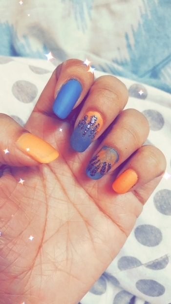 #nailartdesigns #uniquestyle #bluenails #orangenails #blackshimmer #ombrenails #mattenails #blueandorange #nailpaintaddict  #nailart #talenthuntroposo