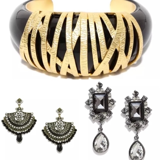 Looking for wholesale Buyers for Italian made jewellery. Pieces already in Mumbai. Please message .