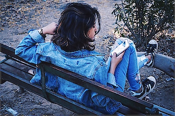 DENIM ON DENIM   #ootd #denimondenim #denimlook #createyourstyle #style #fashionblogger #influencer #fashionstatement #featureme #blogger #fashionlook #likeforlike #thevagabondchic