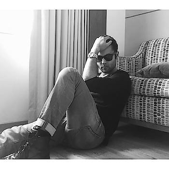 Style, one must possess! . . . . . #style #fashion #menfashion #menstyle #attitude #black #wayfarer #fashionpost #ootd #boots #potd #model #bold #actor #photography #iphoneography #modellife #modelstatus #instalike #instagood #roposomen #soroposo
