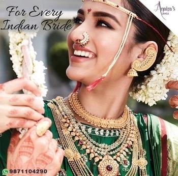 Eyes lined with #kohl, brow decorated with #sandalwood paste,  the Bengali bride eagerly awaits Shubhodrishti. For further information WhatsApp 9871104290 #anairasjewels  #weddingjewellery #diamondjewellery  #bridaljewellery #Bengalibride