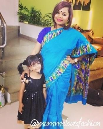 Checkout my youtube channel and subscribe!! Link in bio . #makeup #makeupinindia #makeupgoals #india #whatiwore #sareelove #saree #blue #crazyformakeup #fashion #roposo #roposobeautyblogger #fashionista #ahmedabadfashion #ahmedabad #lucknow  #ootd #motd #shorthair #sareeswag #sareeoftheday #sareelook