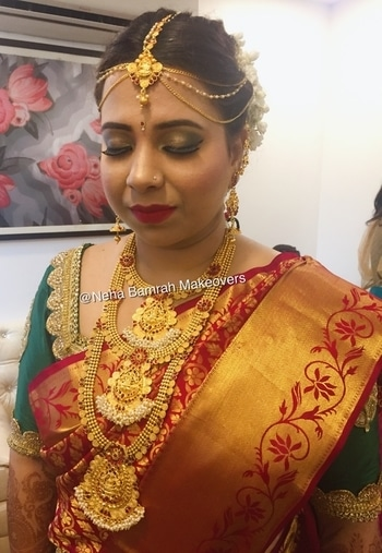 Presenting my beautiful bride (sweetheart) Swathi Rangavajhala on her big day all dolled up for her wedding ceremony and on her reception she looked so gorgeous 😍❤️ #NehaBamrahMakeovers  #Southindianbridallook #Gorgeousreceptionlook#lovelybride #lovemywork❤️