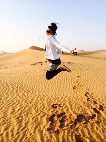 #lifeisbeautiful #adventuretime #livingitup #dubaiguys #dubaidiaries #largerthanlife #yougottadothis #4000ft.up #balloonride  #hotairballoon #arabiandesert #westernasia ...................................                        @eyewear-salvatore ferragamo                                            @Knitted pullover- Zara