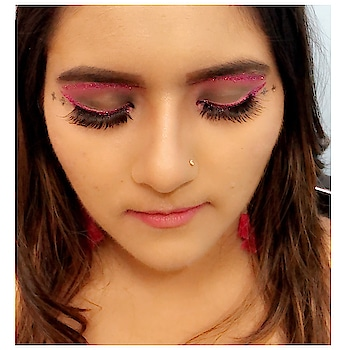 Another creativity ❤️ Need yur support guys ❤️ @makeuprevolution . #givenchy #beauty #beautyandthebeast #lovelypeaches4ever100 #makeupartist #creativity #makeupideas #makeuplife #makeupoftheday #fashionnova #fashionblogger #fashioninfluencers #delhimua #makeupartistdelhi #makeupartistbangalore #makeupartistmumbai #muasfeaturing #makeuprevolution #swissbeauty