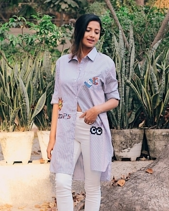 Patches on stripes, perfect for spring summer 2017!!! Check my blog for the latest in fashion http://www.thestyletune.com #fashion#style#wiw#ootd#whatiwore#fashionblogger#roposo#roposolove#soroposo#delhi#delhiblogger#realgirlstylesecrets