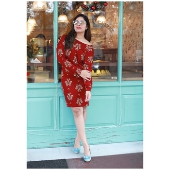 Heyy guys...party season is round the corner and I am sure many of you will be looking for that perfect dress!! I found this pretty red dress @ajiolife  apt for Christmas/party season...pairing that with a powder blue heels @ajiolife makes it stand out!! Shop this and more from the link mentioned below http://bit.ly/RADevika  . . . . . . . . . #RecommendsAJIO #ajiolife #reddress #partyoutfit #partydress #newyear #party #powderblue #lookbook #lookoftheday #picoftheday #fashionblogger #delhifashionblogger #instafashion #instapic #instablogger #outfitinspiration #styleinspiration #thefashionalgorithm