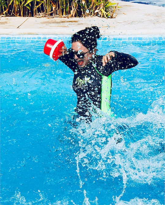 Splashes from Cancun. #throwback #musafirchannel #ropo-good #roposo #pool