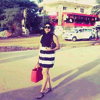 Walking across Goa streets... Still in Goa hangover...😭😭  #goa#streets#streetstylefashion#instagram#followme#likes#soroposo#myroposostory#myroposo#regram#fashion#style#trends#amazon#beachside#seaside#vacay#roposotalenthunt#roposo-fashiondiaries#fashion-blogger#fashionables#stylish#monochrome#ropostyle