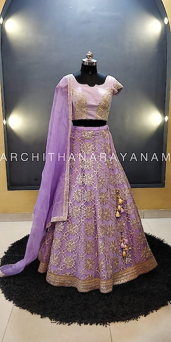 ~Tree of life~ #archithanarayanamofficial #treeoflife #indiancouture #bridalcouture #anarkalis #designer #designerlife #art #indianart #inspiration #india #indiancouture #wedding #indianwedding #creation #gown #gota #ancientgota #loveforgota #trendy #floral #glimmer #fusion #twine #enrichment #embroidery #handembroidery #loveoflife