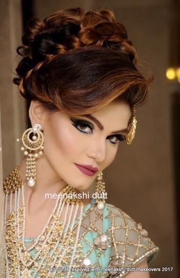 Indian makeup look with Blue eyeshadow and winged liner #meenakshiduttmakeoversdelhi #meenakshidutt #makeupartistindia #makeupartistdelhi #muadelhi #lashes#eyes#enhance#smokey#mua#delhi#attitude #artist #makeups #makeovers #sessions#trainings  #muadelhincr #makeupgoals #indianmakeup #indianmakeupartist #engagementmakeup #bridalmakeupartist #eye-makeup #makeupacademymakeupschool #hairandmakeupstudio  #makeup